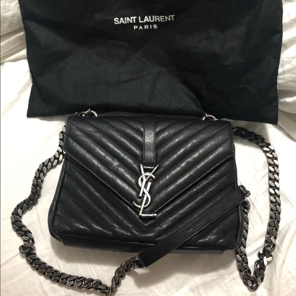 a6af836ccf22a Saint Laurent Medium College Bag. M 5b4c995f8158b5a20774c7e1
